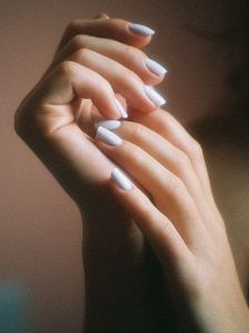 359px-Female_hands